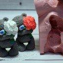 Тедди с букетом роз