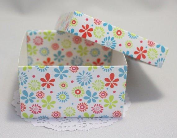 Коробка  Цветочная с крышкой 101020