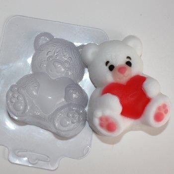 Пластиковая форма Мишка с сердцем