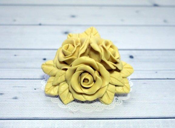 Букет три розы