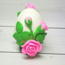Яйцо с розами