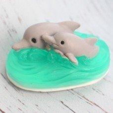 Мыло ручной работы Два дельфина на волнах
