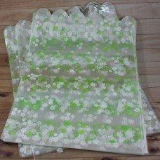 Пакет с цветочками зелеными