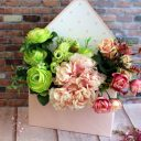 Конверт для цветов горошек розовый